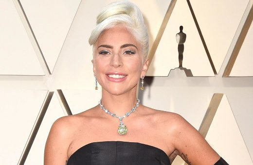 Lady Gaga Wears Yellow Tiffany Diamond to Oscars